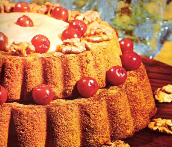 Torta de Cerejas com Creme